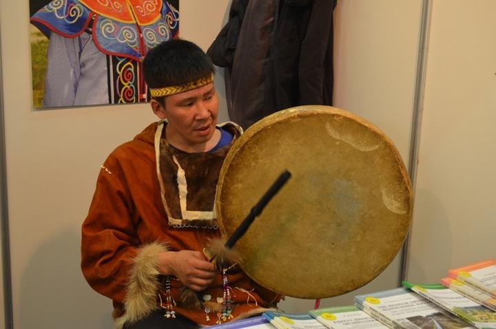 Власти Магаданской области выделят больше 50 млн рублей на этнокультурное развитие народов