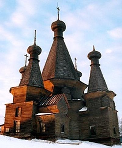 В Архангельской области издан путеводитель по храмовому комплексу в старинном селе Нёнокса