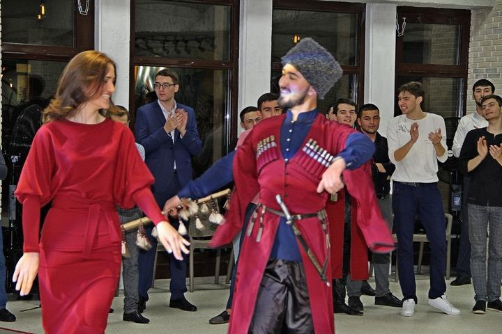 """Черкесский танцевальный вечер """"Джэгу"""" прошел в Ставрополе"""