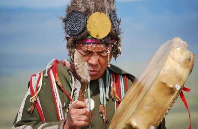 В Ноябрьске открывается выставка о шаманах