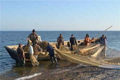 В Мурманской области прошла регата на старинных поморских лодках
