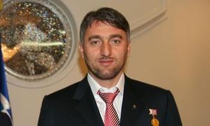 Депутаты Госдумы подрались из-за памятника чеченским героиням войны с Россией