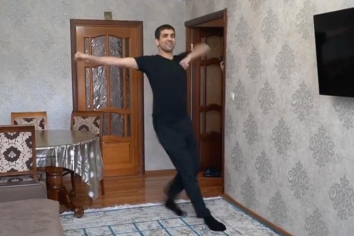 #ТанцуйДома: на Северном Кавказе запустили онлайн-флешмоб народных танцев