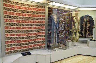 Жителей Чебоксар знакомят с вышивкой народов Чувашии