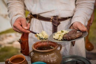 "На фестивале ""Наш продукт"" москвичей познакомят с традициями Древней Руси"