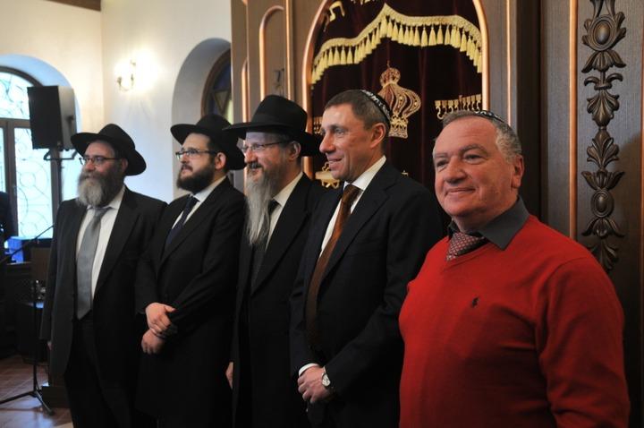 Во Владивостоке открыли отреставрированную старинную синагогу