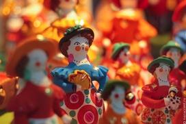 Русские народные промыслы впервые за 10 лет вошли в список популярных новогодних подарков