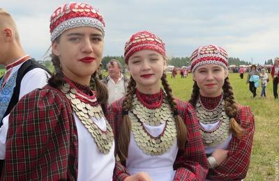 Современные и старинные традиции объединят на удмуртской вечеринке в Казани