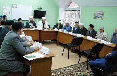 Мусульмане Набережных Челнов попросили сделать татарский язык государственным