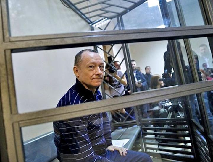 Профессора Савву отпустили из СИЗО под домашний арест