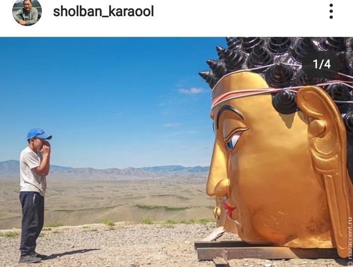 На священной горе в Кызыле тувинцы устанавливают 9-метровую статую Будды