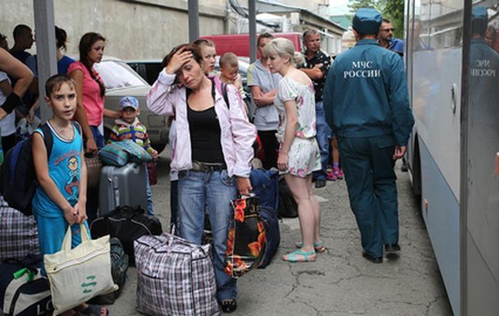 Президент потребовал помочь беженцам с Украины до наступления холодов