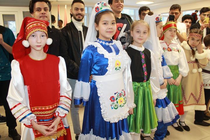 """Международный фестиваль национальных культур """"Альма матер"""" в Чебоксарах"""