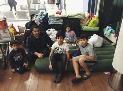 Сирийским курдам из Шереметьево нашли жилье и работу