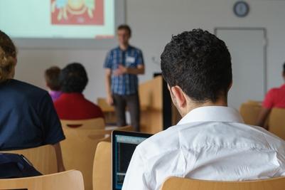 Бесплатные курсы русского языка для мигрантов запустили в Санкт-Петербурге