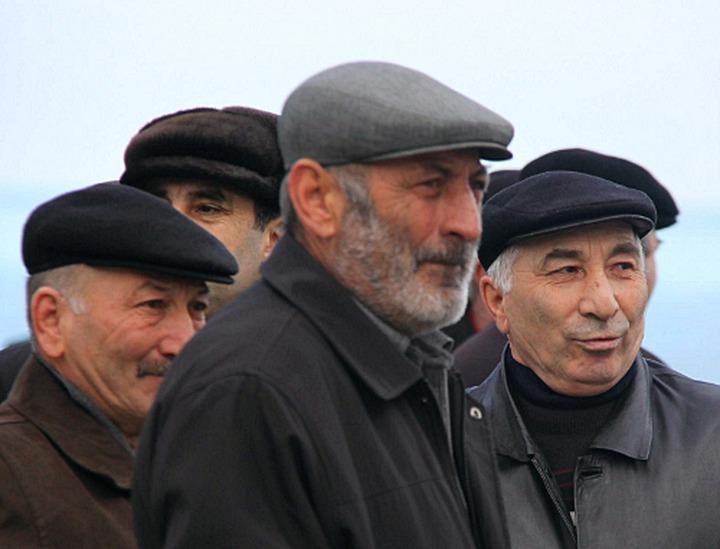 Президент поручил рассчитать к 1 октября объем средств на переселение жителей лезгинских сел из Азербайджана