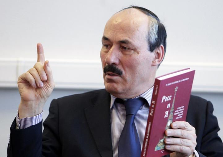 Абдулатипов: Национальным языком дагестанских народов является русский