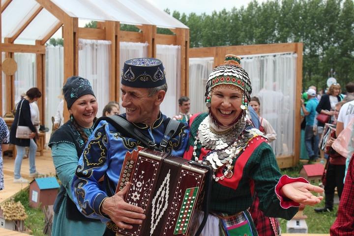 Аудиовизуальную энциклопедию народов Поволжья запишут в Самаре
