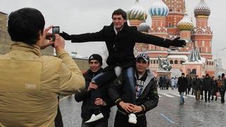 Комиксы с героями русских сказок научат мигрантов правильно вести себя в Москве