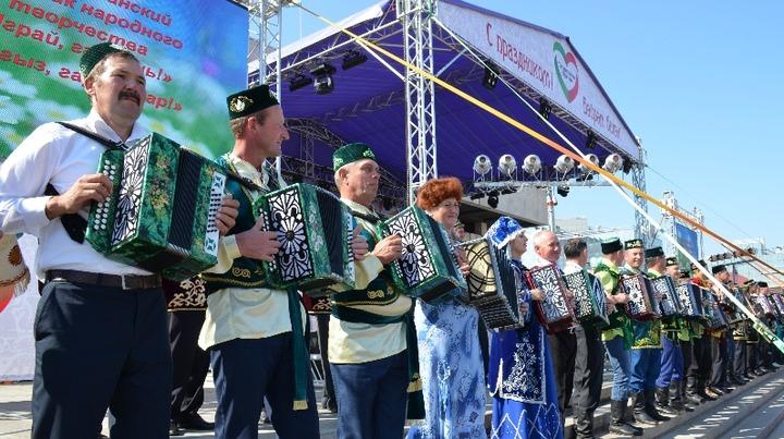 В Казани гармонисты проведут флешмоб с народными песнями