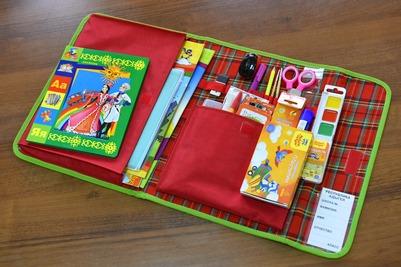 Первоклассникам Адыгеи подарят школьные предметы с национальной символикой