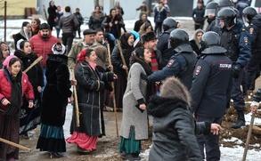 Цыганам из Плеханова начали раздавать земли