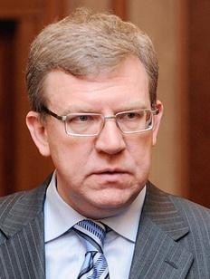 Глава Superjob.ru призвал Путина закрыть рынок труда для мигрантов