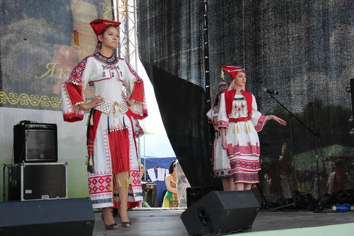 """Фестиваль национального костюма в рамках конкурса """"Этно-Эрато"""""""