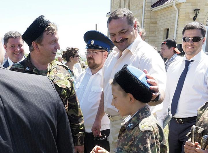 Казаки попросили полпреда в СКФО помочь в финансировании кадетских корпусов