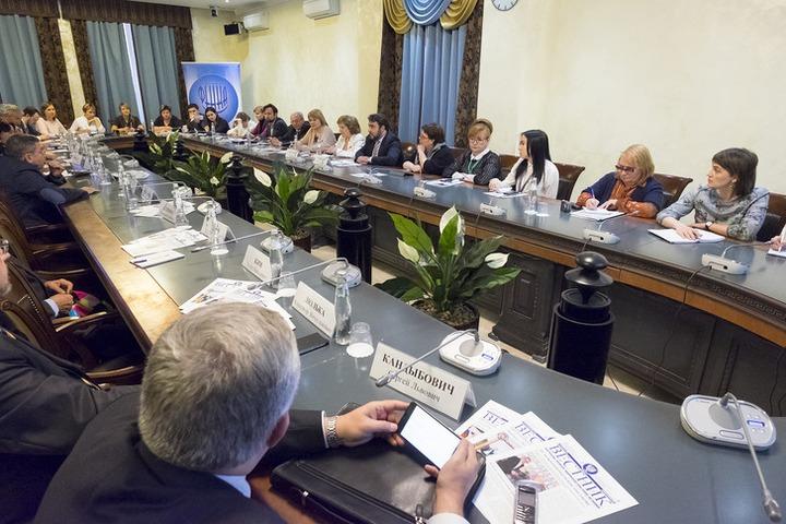 Кабмин определил  порядок формирования реестра НКО для господдержки