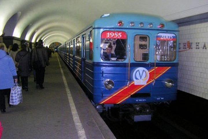 Работники питерского метрополитена по инструкции должны быть толерантными и получать за это поощрение