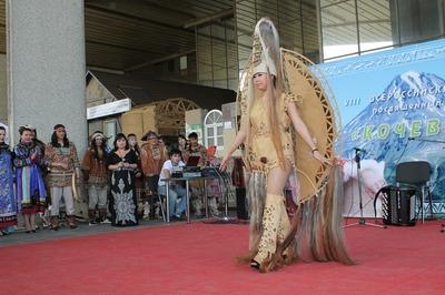 Фестиваль этнической моды коренных народов пройдет в Москве