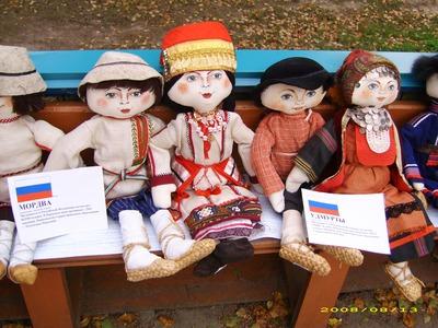 """Выставка кукол """"Народы Пермского края"""""""