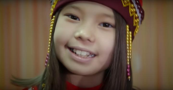 Дети коренных малочисленных народов России поздравили с Новым годом на родных языках (видео)
