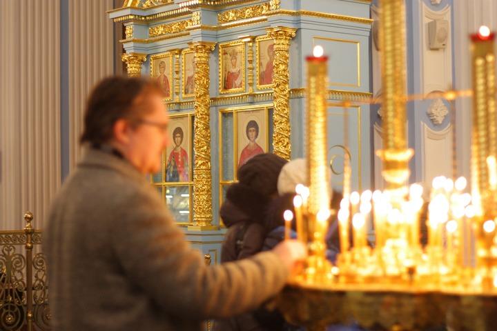 """Патриарх Кирилл утвердил молитву для защиты от """"вредоносного поветрия"""""""