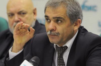 Глава Федерации мигрантов СНГ заявил, что его лишают российского гражданства