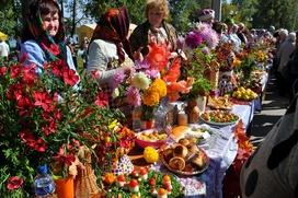 В Удмуртии славянские Осенины отметят парадом осенних шляп