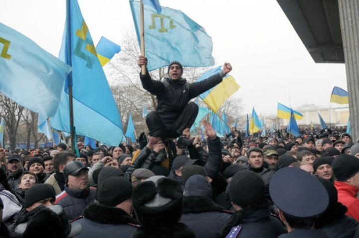 Опрос: Год спустя вхождение Крыма в состав России поддержали 49% крымских татар