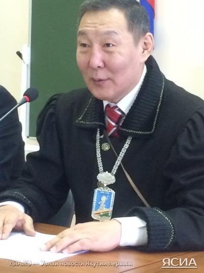 Якутские чиновники будут ходить на работу в национальной одежде