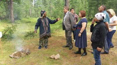 В Якутии эвенки-оленеводы попали под сокращение