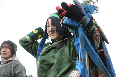 Бурятские шаманы провели обряд по изгнанию коронавируса из России