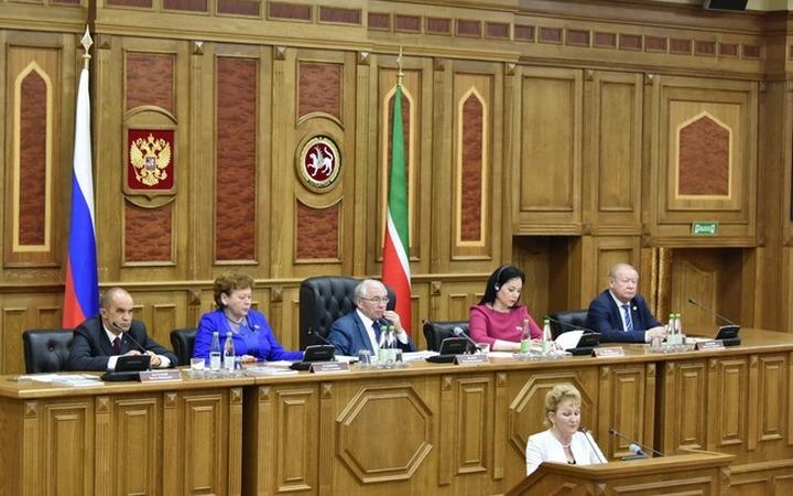 В Татарстане предложили наказывать за нарушение языкового законодательства