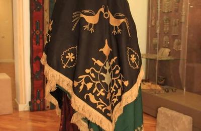 Редкий костюм ругуджинской невесты выставят в музее Дагестана