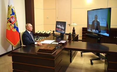 Губернатор Ростовской области попросил Путина поддержать грантом казачий ансамбль