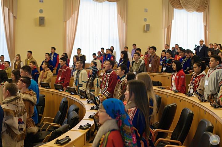 Более 500 делегатов приедут на Международный форум КМНС в Салехарде