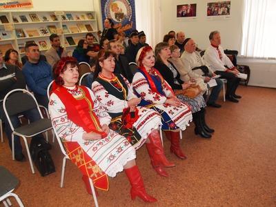 """Фотовыставка """"Моя большая национальная свадьба"""" открылась в Нижнем Новгороде"""