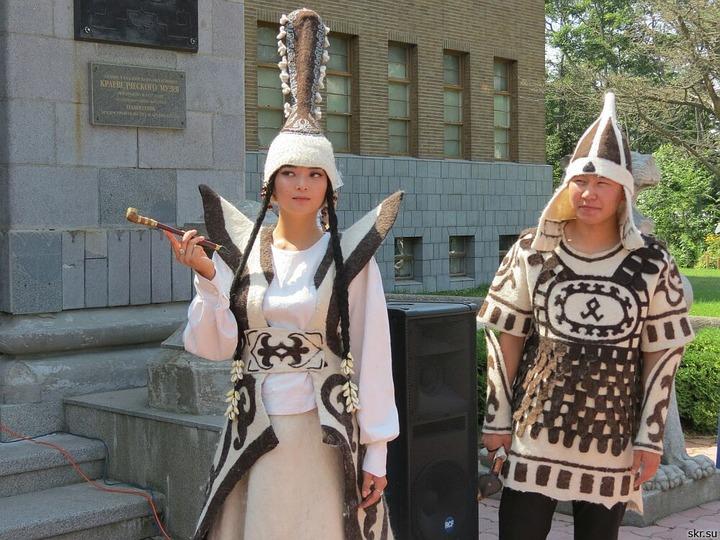 """В Южно-Сахалинске продемонстрировали """"живые традиции"""""""
