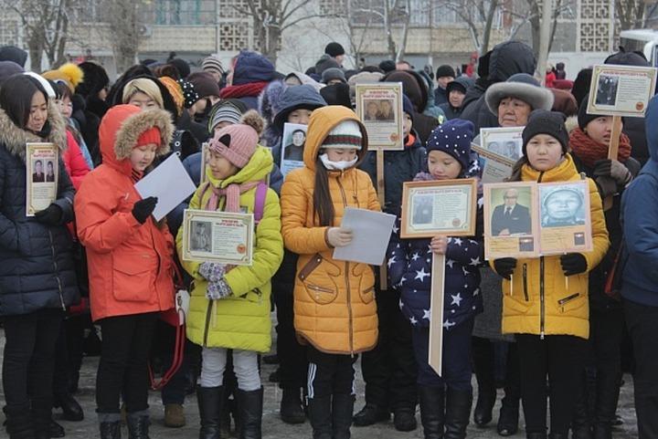 Память жертв депортации калмыцкого народа почтили в Калмыкии