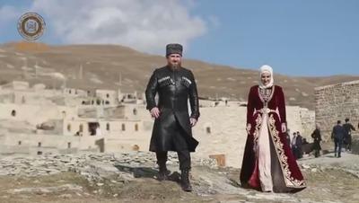 В Чечне торжественно открыли восстановленное древнее поселение Хой