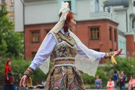 Коллекцию современной одежды с этническими элементами создадут в Хабаровском крае